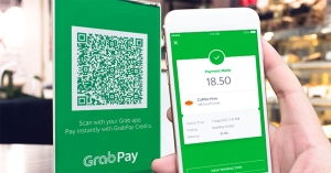Grab boosts fintech services, downplays profitability